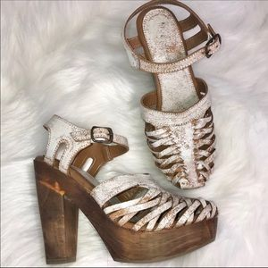 Shoes - Super sexy wedge heels
